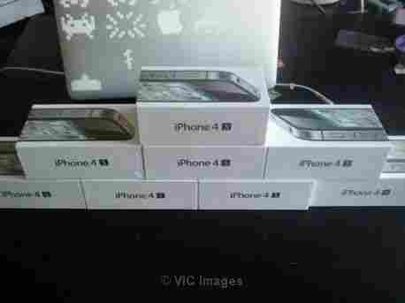 Apple iPhone 4s 32GB Black Unlocked capetown